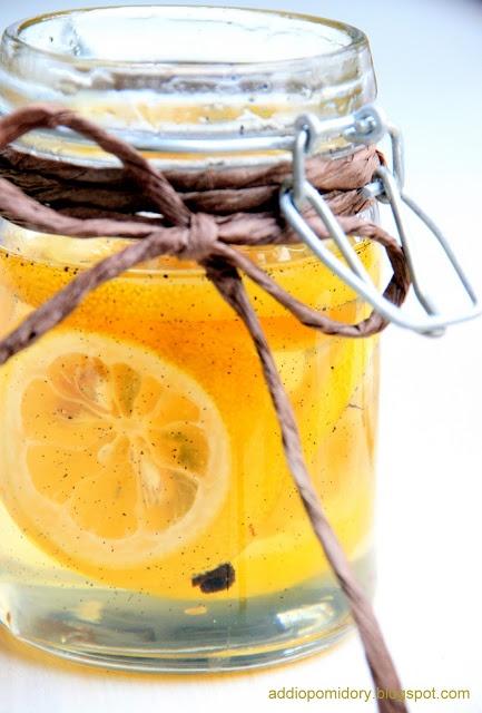 Syrop waniliowo-cytrynowy do herbaty.