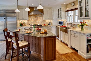Traditional farmhouse kitchens and cookbook storage on pinterest Kitchen triangle design with island