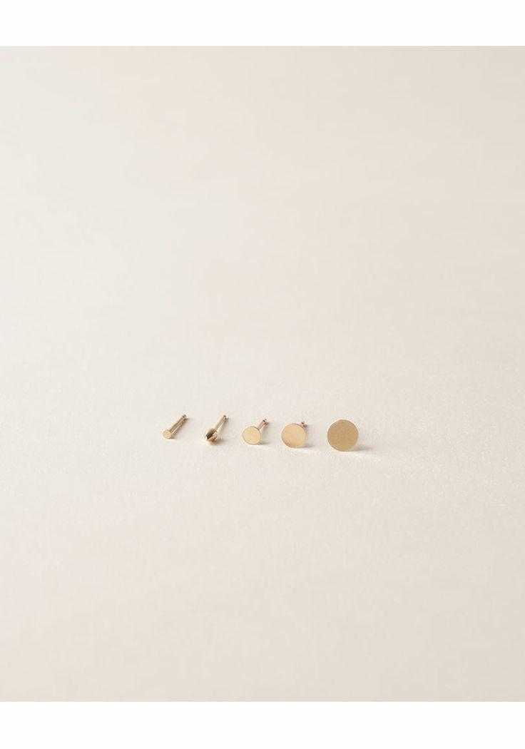 Kathleen Whitaker / Medium 4mm Dot Earing