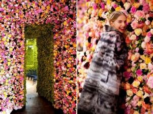 Real flowers on the walls at Raf Simon's Dior debut: Living Rooms Wall, Rose Gardens, Rave, Fall 2012, Looks Books, Raf Simon, The Secret Gardens, Christian Dior Couture, Haute Couture