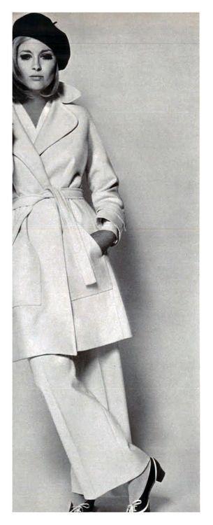"Faye Dunaway. Vogue Italia.  1960's, circa ""The Thomas Crown Affair"":"