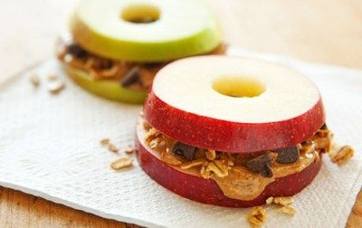 looks good.: Almonds Butter, Chocolates Chips, Healthy Snacks, Whole Food, Apples Slices, Snacks Ideas, Peanut Butter, Apples Sandwiches, Kid