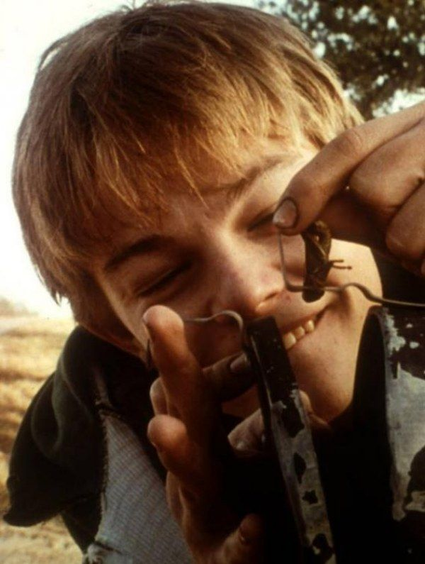 eating gilbert grape essay It also at times analyses the characters and their interactions which may help when it comes to essay writing - wikipedia what's eating gilbert grape.