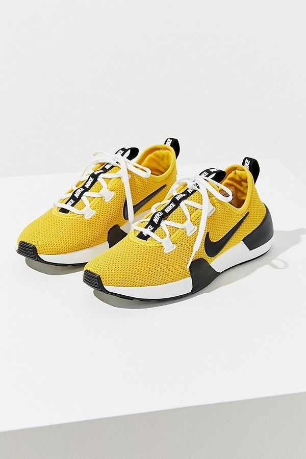 cecb97ffda3da Slide View  1  Nike Ashin Modern Sneaker