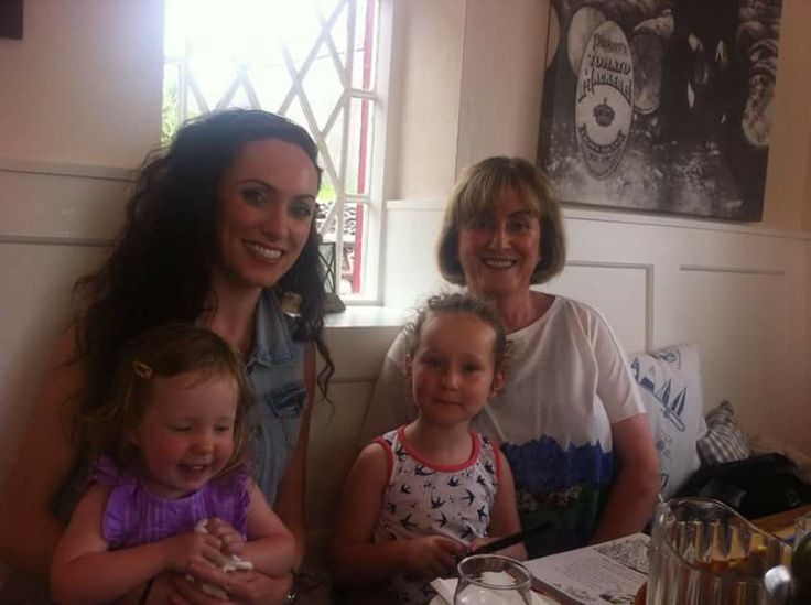Lucy, Isla & the girls