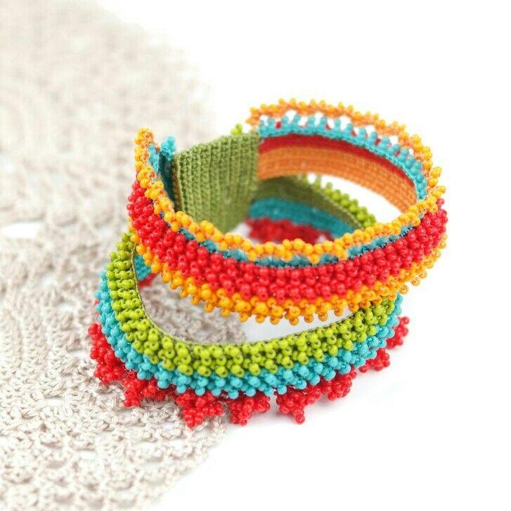 Bohemian Ethnic Style Beadwork Bracelet - Gift ideas for Christmas !