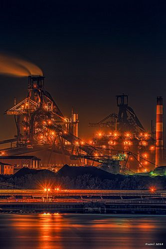 HDR Photo: Factory night view 'Orange (color)' | HDR写真: 工場夜景… | Flickr