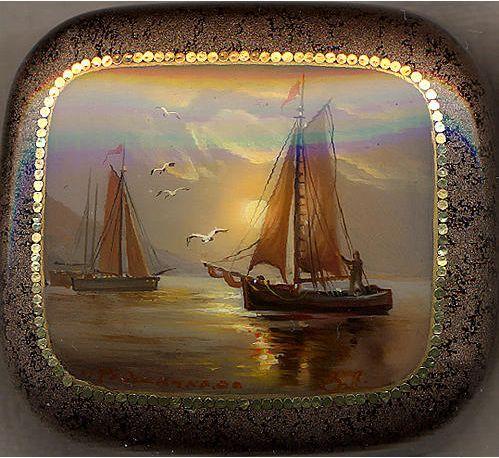 Valyalin, Fedoskino lacquer box, Seascape at sunset