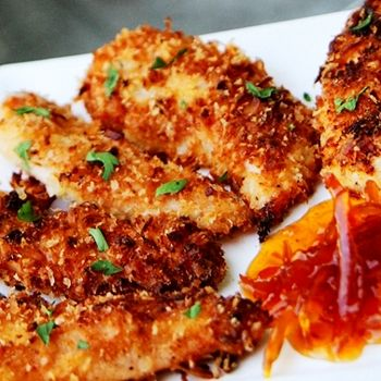 Skinny Coconut Chicken: 6 (about 12 oz) chicken tenderloins, 7 tbsp shredded coconut, 1/4 cup panko crumbs, 1/4 cup Fiber One cereal, 1/3 cup egg substitute or 3 egg whites, dash salt, dash pepper, dash garlic powder, Non-stick cooking spray.