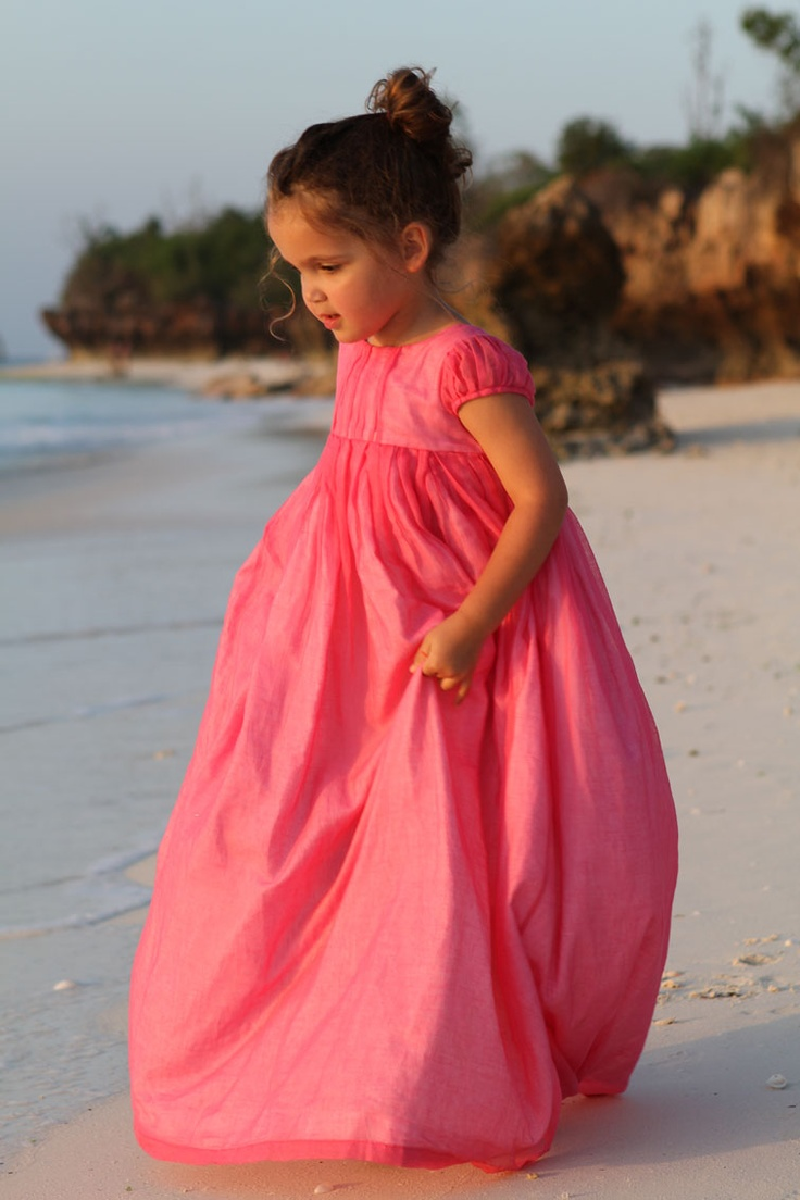 Fairytale Dress ... Organdy lined with cotton voile. My daughter WILL have this dress.