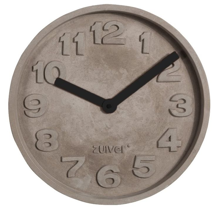 Weet jij hoe laat het is? Het is tijd voor een beetje beton in jouw interieur! Ben jij liefhebber van stoer, robuust en industrieel? Dan mag deze Zuiver Concrete Time wandklok niet ontbreken! De gekleurde wijzers geven het geheel een vrolijke twist.