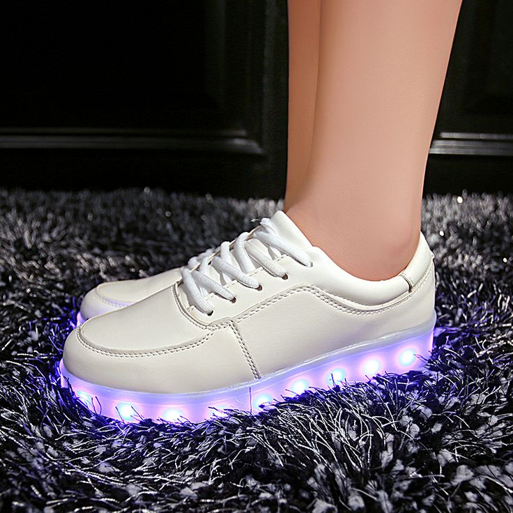 Femme led luminous shoes Usb Charge lights up Men&women colorfull glowing shoe neon casual basket trainers 11 Colors Led shoes♦️ SMS - F A S H I O N  http://www.sms.hr/products/femme-led-luminous-shoes-usb-charge-lights-up-menwomen-colorfull-glowing-shoe-neon-casual-basket-trainers-11-colors-led-shoes/ US $15.99