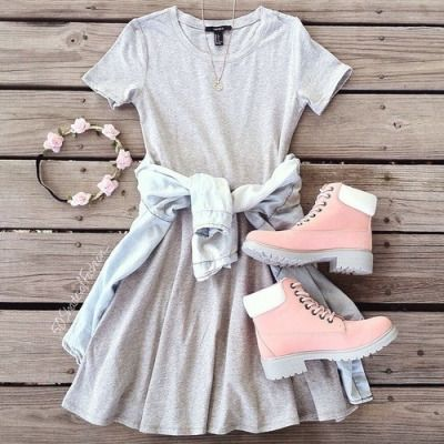 adding some black sandals would make this outfit perf