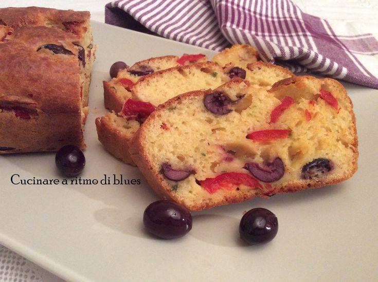 Plumcake con peperoni e olive