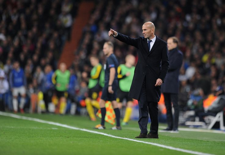 Zinedine Zidane, Manager of Real Madrid reacts during the UEFA Champions League Group F match between Real Madrid CF and Borussia Dortmund at the Bernabeu on December 7, 2016 in Madrid, Spain. (Dec. 6, 2016 - Source: Denis Doyle/Getty Images Europe)