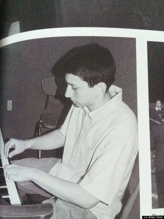 Adam Driver's Yearbook Photos Preview Total Stardom By Jessica Goodman 09/22/2014 05:03 pm ET Updated Dec 06, 2017 Photos by Brian Doty Source huffingtonpost.com