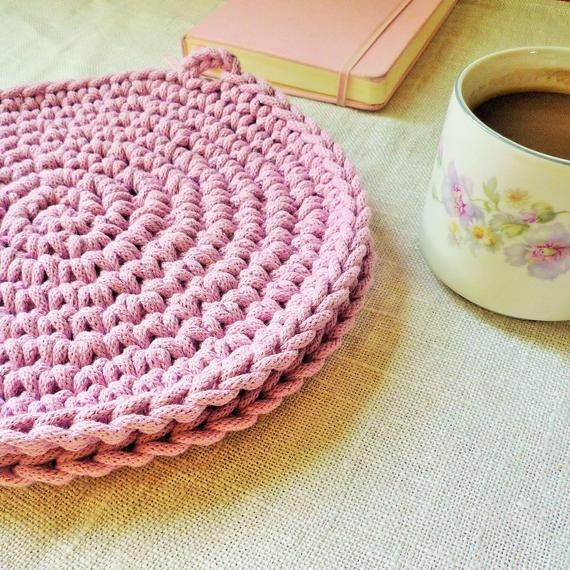 With These Dusty Pink Rustic Placemats You Can Bring Some Autumn Cheer To Your Kitchen They Are Really Big And Thick Pink Placemats Rustic Placemats Placemats