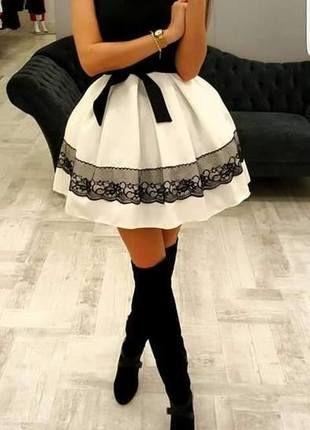 Kup mój przedmiot na #vintedpl http://www.vinted.pl/damska-odziez/sukienki-wieczorowe/11875542-sukienka-czarno-biala-rozkloszowana-pianofashion
