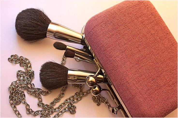 Ich liebe einen Farbtupfer und habe mir vier Lösungen ausgedacht, um helles Make-up zu tragen …   – Best Makeup