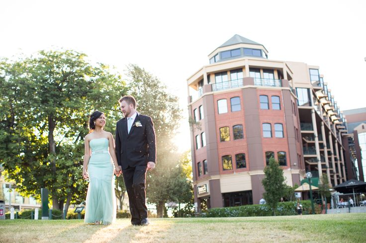 Having the ceremony in the park was a highlight for this bride & groom!