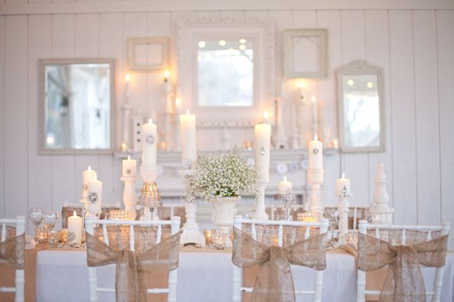 Burlpap - A touch of rustic charm: Chairs Sash, Wedding Tables, Tables Sets, Rustic Charm, Rustic Chic, Burlap Chairs, Baby Breath, Burlap Bows, Burlap Wedding