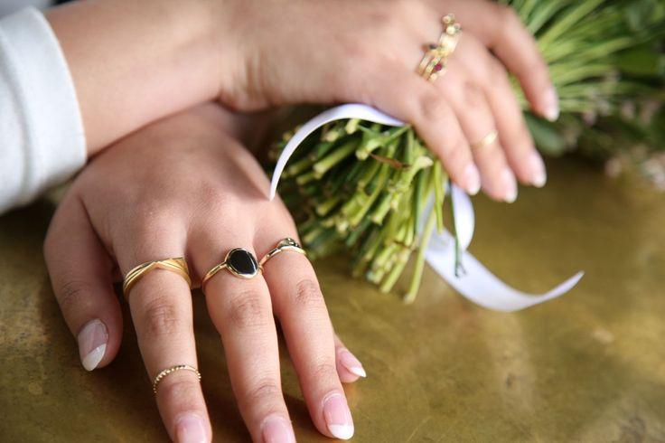 Round gold ring, Large 9K gold ring, Enamel ring, Circle signet ring, Gold statement ring, Seal ring, Siegelring, Gold cocktail ring