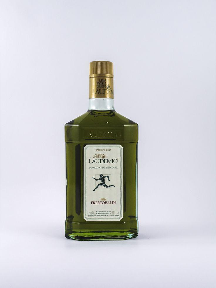 Olio extra vergine di oliva fruttato intenso,indicato per pinzimonio,ribollita,zuppe di legumi e carni grigliate.