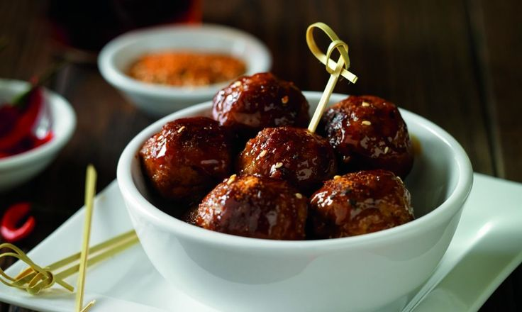There has been growing popularity of meatballs and meatball restaurants nationwide over the past several months and experts are declaring bold, ethnic flavors as one of the biggest food trends for 2016 — namely Gochujang Sauce (pronounced Go-CHOO-jang), which they are hailing as the next Sriracha. Gochujang is the next, must-try sauce and Noodles & Company is the first national fast-casual restaurant concept to put it on its menu with the addition of new Korean BBQ.