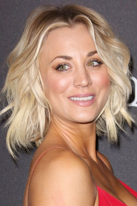Kaley Cuoco's Tousled Blonde Bob Is Oh So Flirty At The Golden Globes, 2016