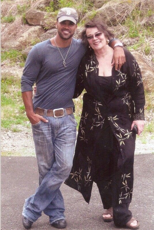 Shemar And His Mother 1 Babyboy Pinterest Mothers And Mars