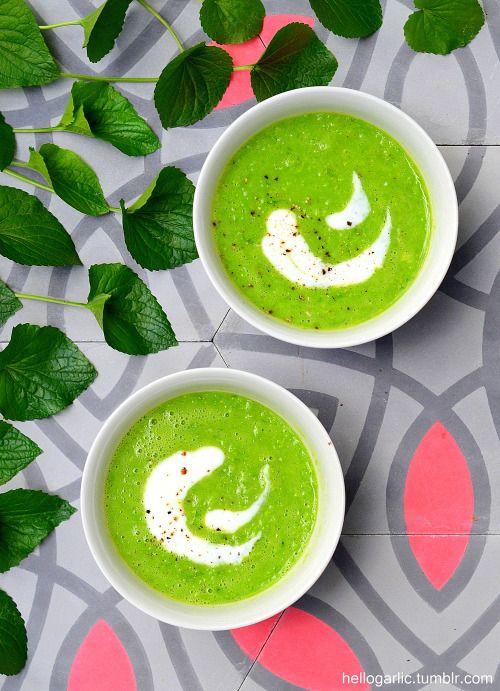 hello creamy pea soup!styling & photography by Panka Milutinovits