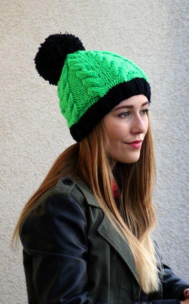 Czapka NEO handmade zieleń i czarny  w Barabella_shop na DaWanda.com