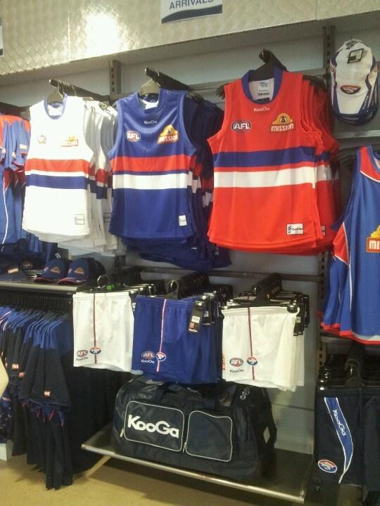 KooGa  Guernseys       Bulldogs Central @ Whitten Oval
