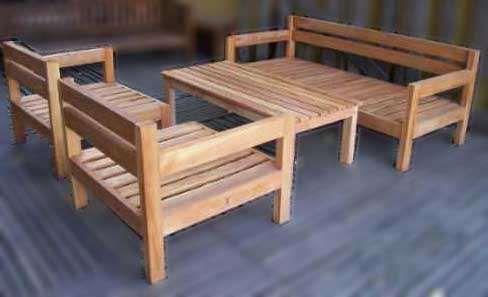 Juego de living jardin para exterior en madera dura for Muebles de madera para patio