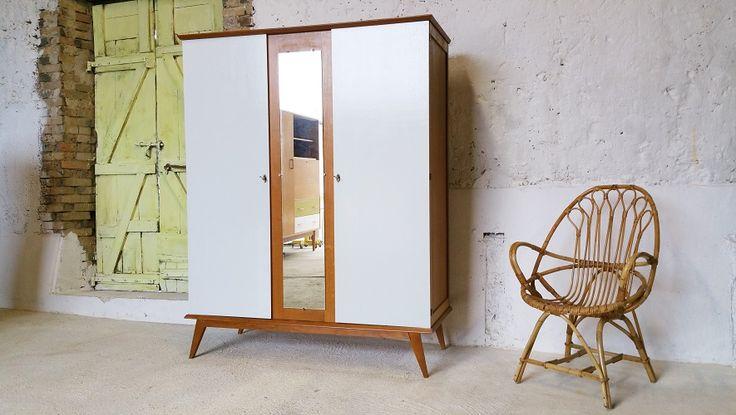 armoire penderie tag res ann es 60 pieds compas. Black Bedroom Furniture Sets. Home Design Ideas