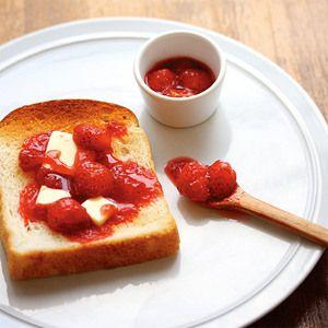風味豊かなフランス産はちみつと紅ほっぺのコンフィチュール、ドリンクのセット。【冬のおすすめはちみつギフト】