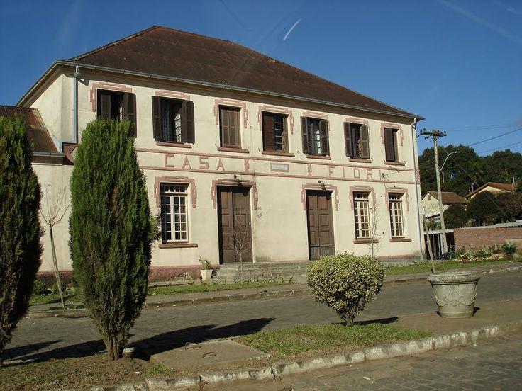 Casa estilo colonial Italiano, Vila Flores, Brasil rs