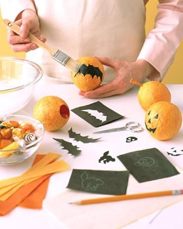 Treat Balls How-To: Halloween Parties, Pumpkin Treats, Ft 04Halloween30 Jpg, Paper Mache, Parties Favors, Treats Ball, Halloween Treats, Healthy Treats, Halloween Favors