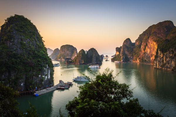 10 best budget honeymoon destinations for 2017. Ha Long Bay Vietnam