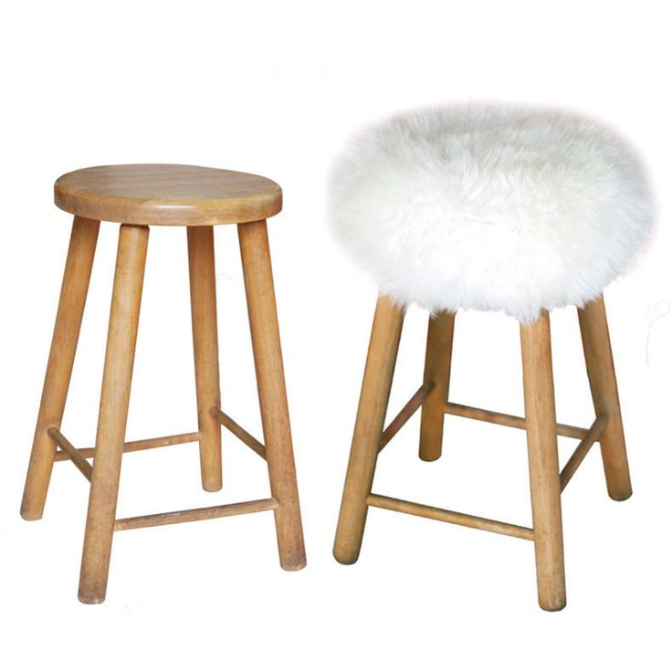 TOP MOUMOUTE... Easy ! http://lapadd-eu.ugal.com/products/top-moumoute-pure-sheepskin-stool-cover-from-fab-design
