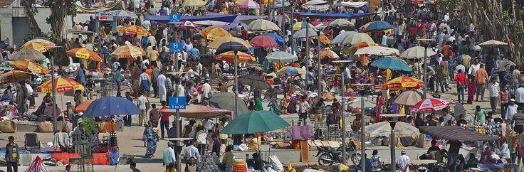 Ravivari Sunday Bazar