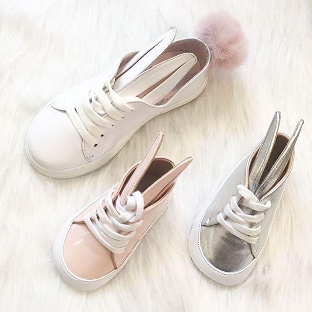 Trop mignonnes les chaussures lapin de @Minnaparikkashoes.  Disponibles en exclusivité au 45 rue de Turenne | So cute baby shoes by @Minnaparikkashoes.  #clairenaa #minnaparikka #rabbit #cute
