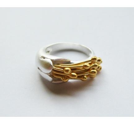 Ring obsession...Flower Pistil Ring