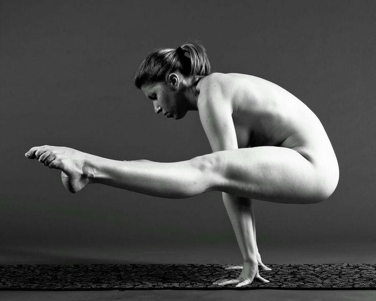 Yoga challenge naked-2512