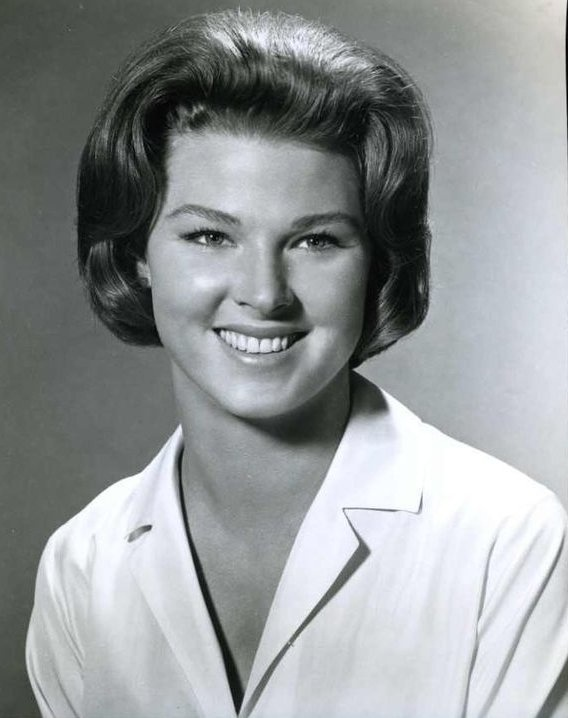 Mariette Hartley - American Actress (b. 1940)