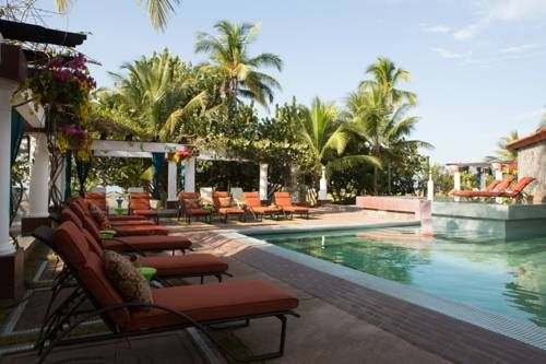 Las Olas Beach Resort David, Chiriqui Las Olas Beach Resort is located on the Pacific Cost of Panama and next to La Barqueta Beach. It features an ocean front, outdoor swimming pool, Spa Centre and tennis court.