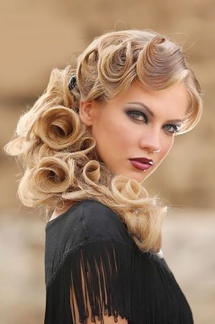 hair styles with scarves 2911 best pink wedding images on burgundy 2911