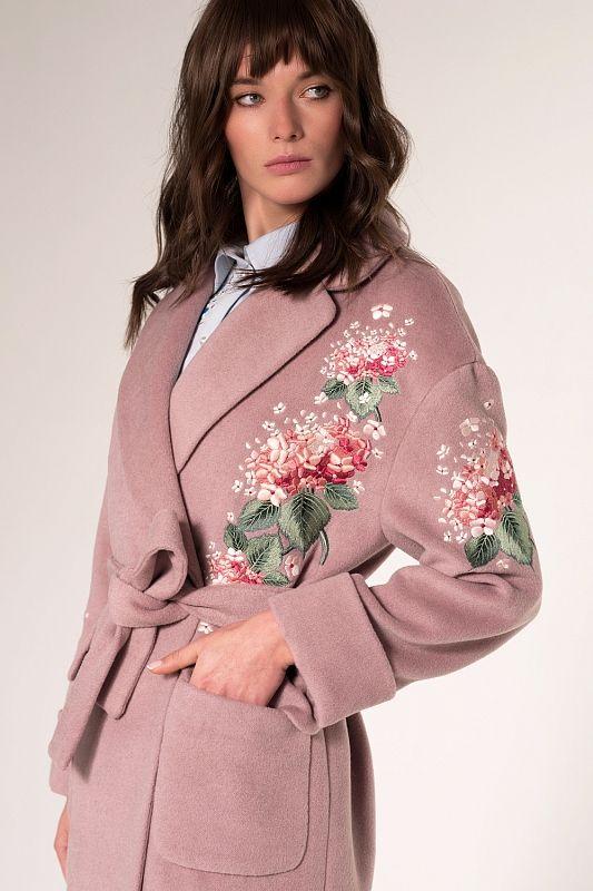 Пальто с вышивкой гортензия