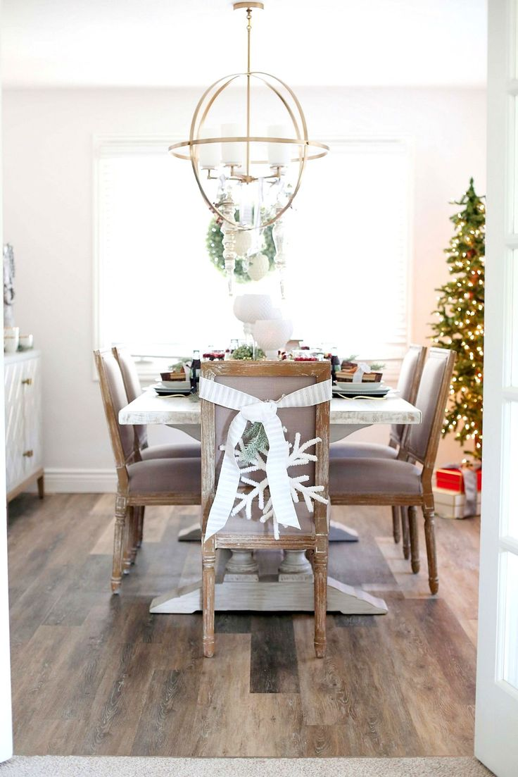 Obsessed with our new dining table set from @shopthemine! So perfect for a white and grey palette!