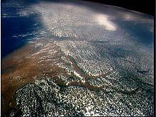 Rio delle Amazzoni - Wikipedia  Brasile, Perù, Bolivia, Colombia, Ecuador, Venezuela.